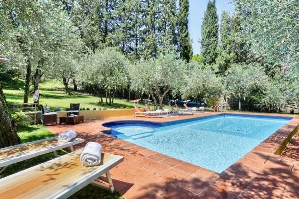 Piscina-villa-florence