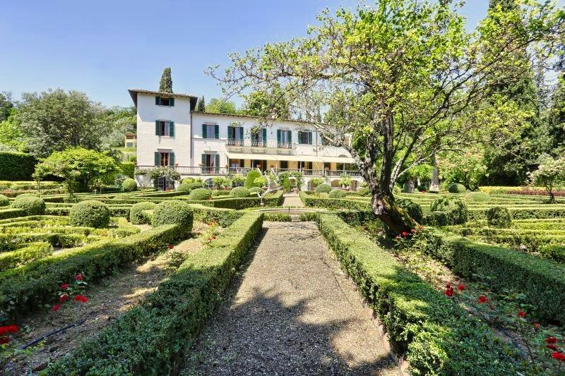 Location-Tuscany_Villa_Merlo_Nero_gallery