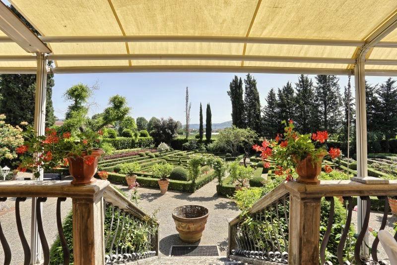 Tuscan-location_Villa_Merlo_Nero-florence